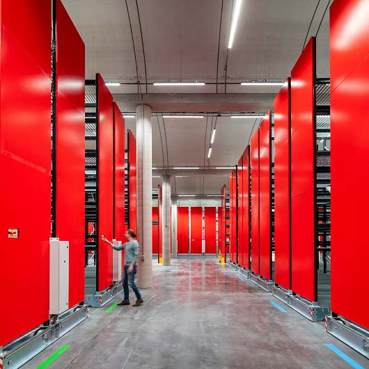 Compactus-Dynamic_Bruynzeel-Storage-Systems_Louvre-Lens