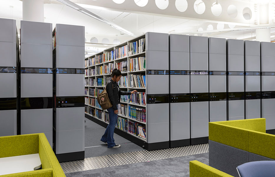 Coventry_University_Library_Lanchester_electronic_roller_racking